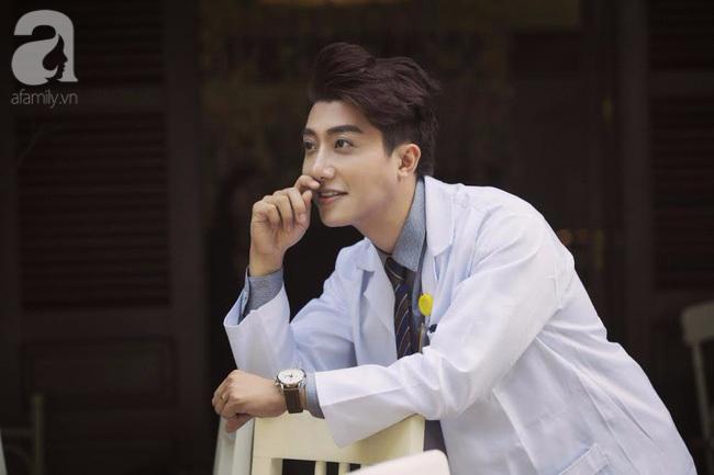 Chàng bác sĩ phụ sản đẹp trai như diễn viên Hàn kể về những khoảnh khắc 'đỏ mặt' với chị em - Ảnh 3