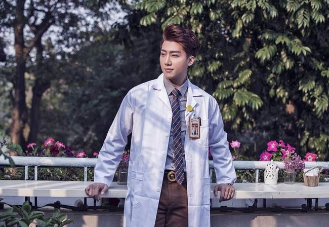 Chàng bác sĩ phụ sản đẹp trai như diễn viên Hàn kể về những khoảnh khắc 'đỏ mặt' với chị em - Ảnh 8