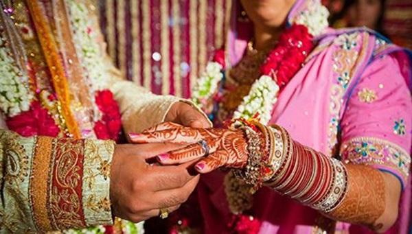Sốc: Chú rể bị cô dâu hủy hôn vì không biết đếm đến 10 - Ảnh 1