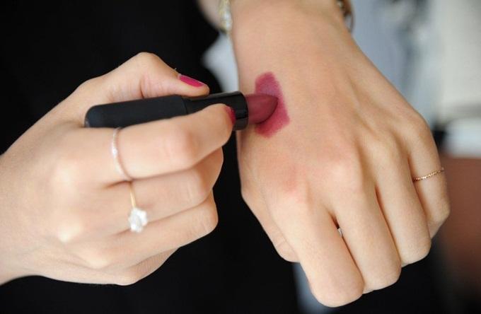 Sốc: 10 thỏi son nhiễm chì có nguy cơ ung thư cao nhất thế giới mà nàng nào cũng dùng ít nhất 3 thỏi - Ảnh 7