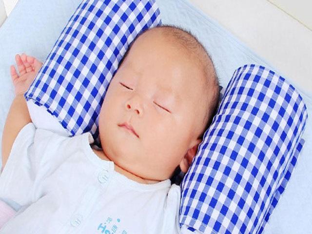 3 vật dụng chăm con sơ sinh có thể nguy hại tính mạng mà nhiều mẹ Việt thường dùng - Ảnh 1