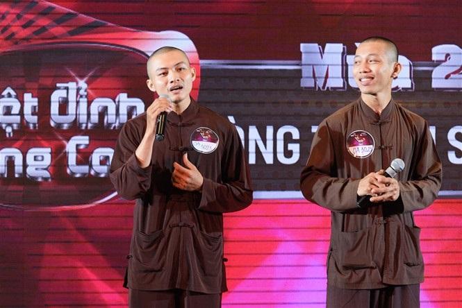 Hai sư thầy hát bolero 'triệu view' trên YouTube tham gia thi gameshow khiến dân mạng phát cuồng  - Ảnh 2