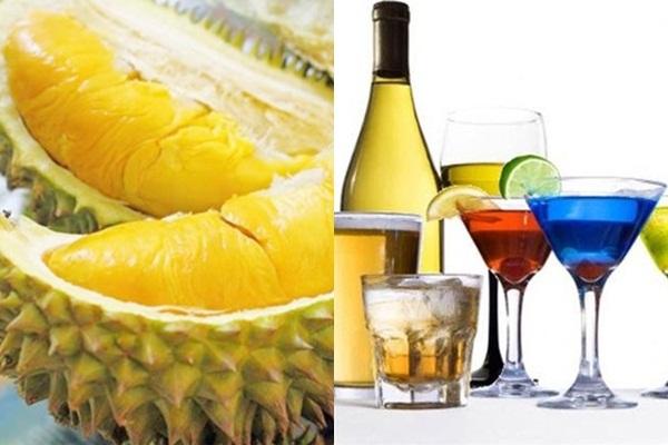 Rượu kết hợp với sầu riêng có thể tích tụ độc tố gây hại cho sức khỏe và tính mạng - Ảnh: Internet