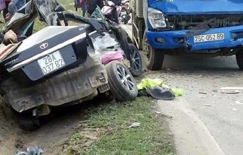 Tai nạn thảm khốc: 1 phút nông nổi, 4 người tử vong - Ảnh 1