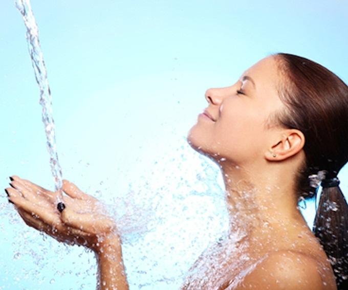 90% nguy cơ đột quỵ, tử vong do thói quen tắm gội đêm - Ảnh 4