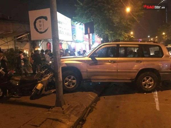 Tạm giữ hình sự tài xế lái ô tô đâm liên tiếp nhiều xe máy khiến 6 người bị thương - Ảnh 1