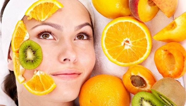 Dùng cam tươi tắm trắng tại nhà hiệu quả sau 1 tuần
