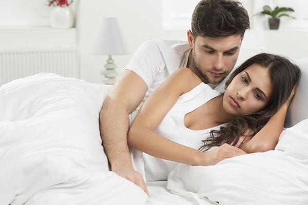 Quan hệ vợ chồng bị đau bụng dưới có thể là bạn đang mắc bệnh u xơ tử cung.