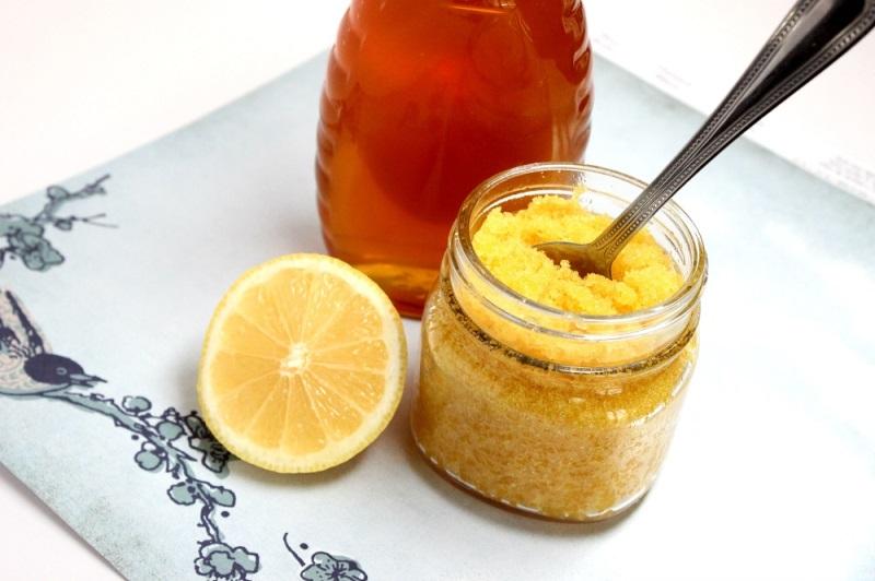 Tẩy ria mép bằng mật ong, đường và chanh