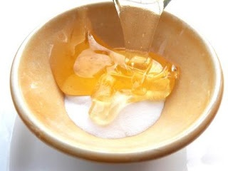 Khám phá những loại nước tẩy trang có ngay trong... nhà bếp - Ảnh 3