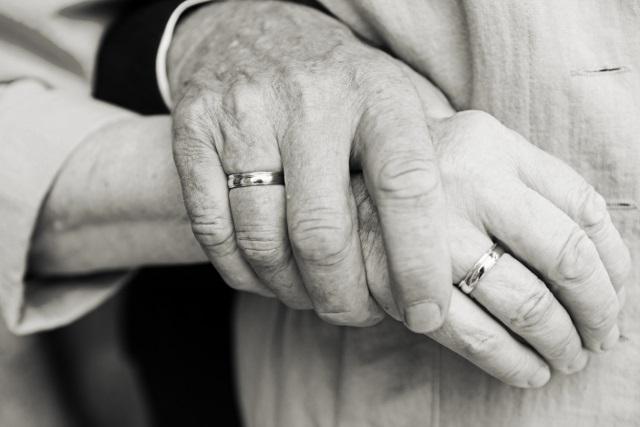 Hôn nhân đến cuối cùng nên là thương, thương đến trọn đời... - Ảnh 2