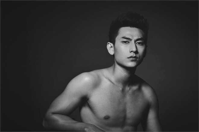 Thân hình 6 múi của ca sĩ Việt Nam không khác gì trai Hàn - Ảnh 7