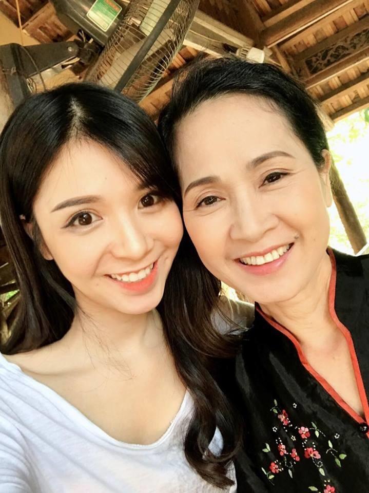 Thường xuyên đăng ảnh nóng, Thanh Bi vẫn được 'mẹ chồng khó tính' Lan Hương chấm làm con dâu - Ảnh 5