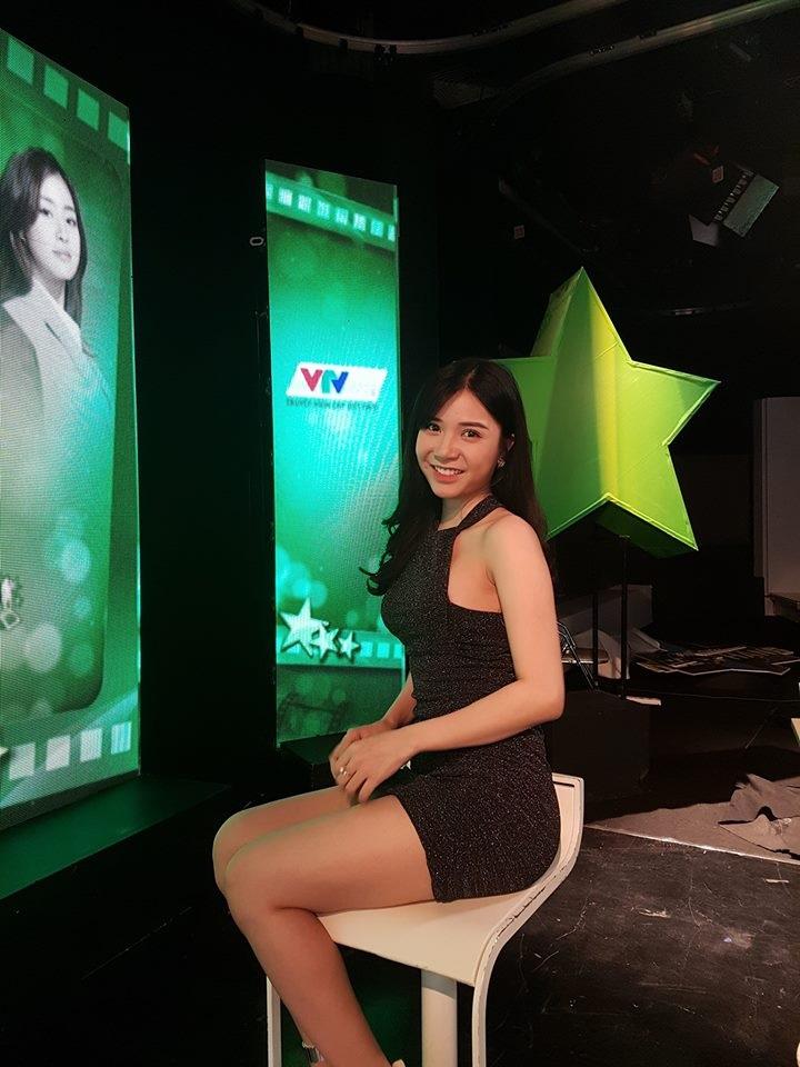 Cuộc sống hiện tại của hot girl Thanh Bi sau khi chia tay Quang Lê