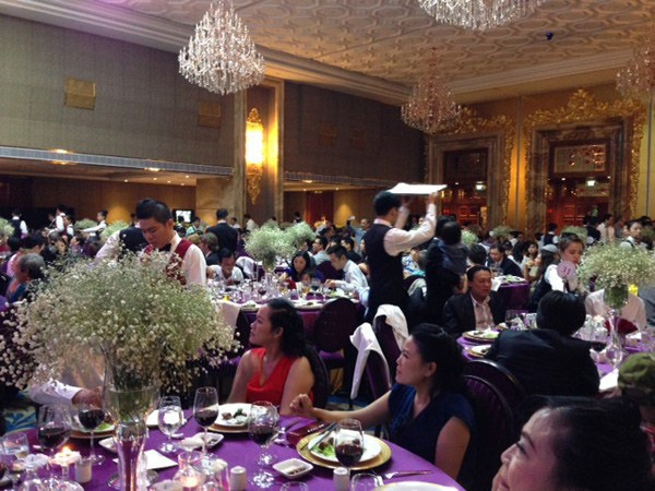 Thực đơn đám cưới mỗi người một kiểu của sao Việt: Người xa xỉ, kẻ giản dị không ngờ - Ảnh 20