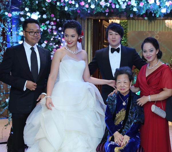 Thực đơn đám cưới mỗi người một kiểu của sao Việt: Người xa xỉ, kẻ giản dị không ngờ - Ảnh 18