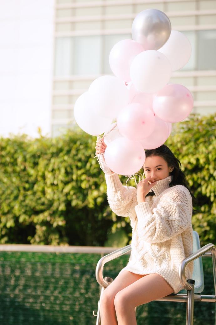 Bất chấp tuổi tác và lùm xùm sinh con thứ 3, Trương Bá Chi vẫn tự tin khoe vẻ đẹp ngọt ngào như thiếu nữ đôi mươi - Ảnh 2