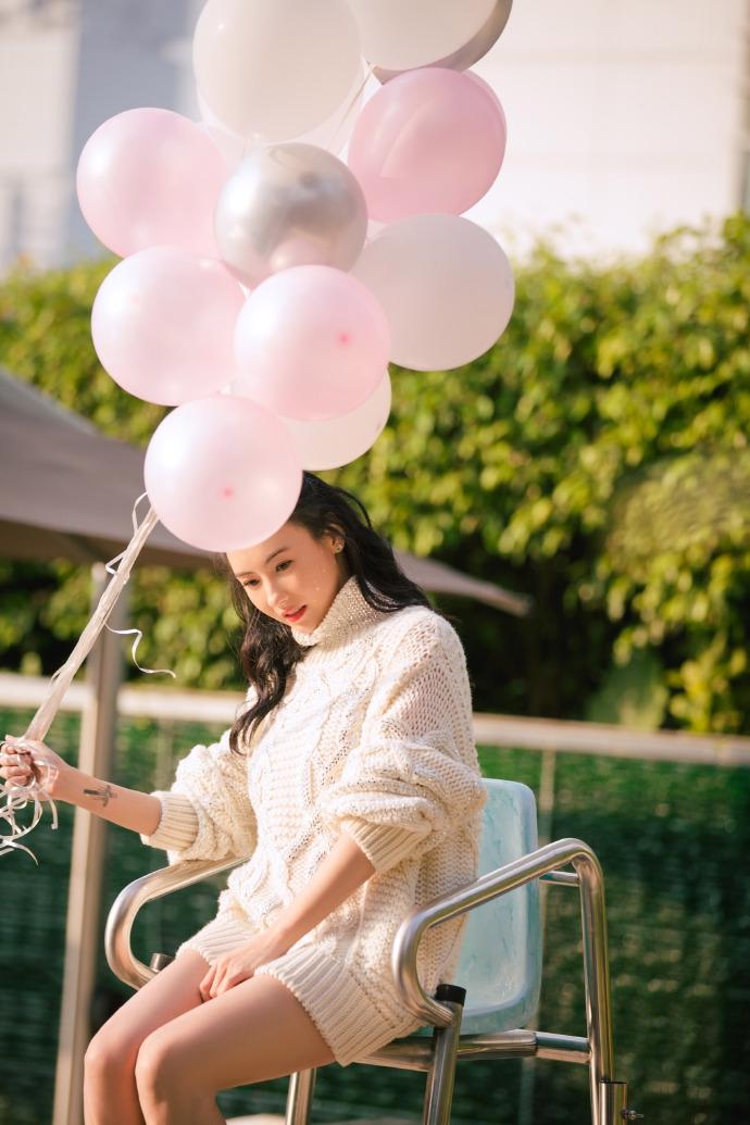 Bất chấp tuổi tác và lùm xùm sinh con thứ 3, Trương Bá Chi vẫn tự tin khoe vẻ đẹp ngọt ngào như thiếu nữ đôi mươi - Ảnh 3