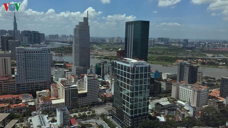 Thị trường bất động sản TPHCM năm 2020 liệu có khởi sắc? - Ảnh 1
