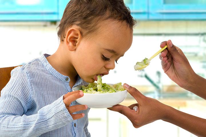 Ngộ độc thức ăn ở trẻ và cách xử trí đúng - Ảnh 1