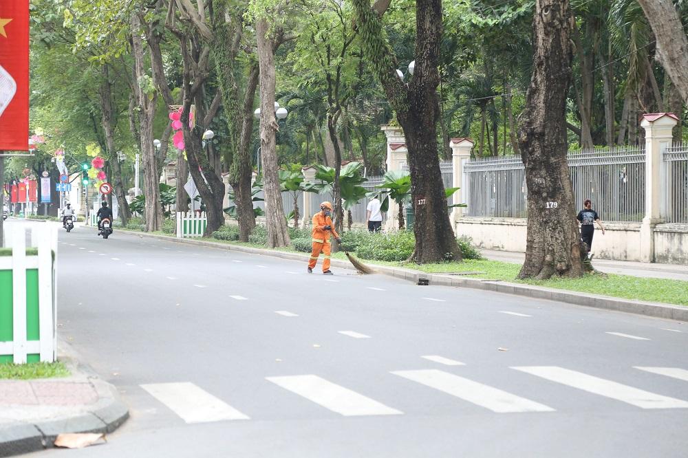 Đường phố Sài Gòn vắng xe, yên bình ngày đầu năm mới 2019 - Ảnh 7