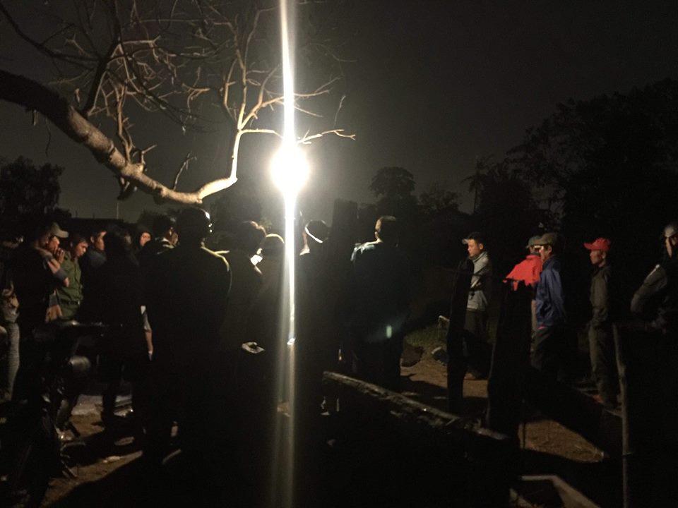 Tranh cãi giá trị điện thoại siêu sang Vertu, nam thanh niên đâm chết 2 bạn nhậu ở Bình Thuận - Ảnh 2