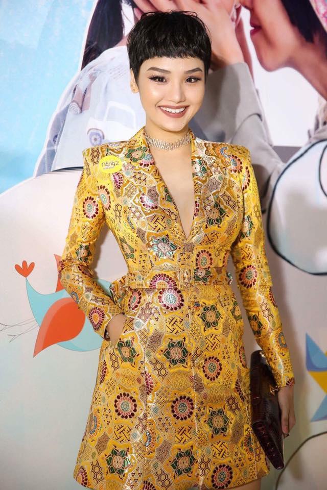 Tóc mái Maruko: 'Mốt mới' mùa lễ hội khiến sao Việt 'say như điếu đổ' - Ảnh 4
