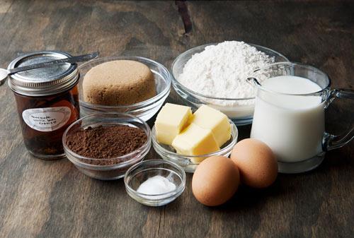 Cách làm bánh Donut Socola bông mềm và không cần lò nướng - Ảnh 2