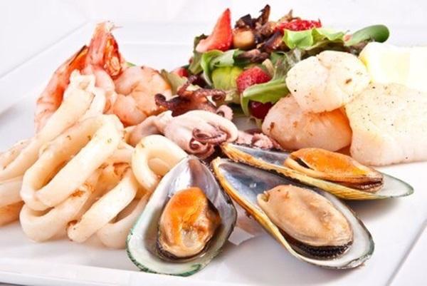 Những thực phẩm dễ gây bệnh sỏi thận mọi người nên chú ý khi ăn uống