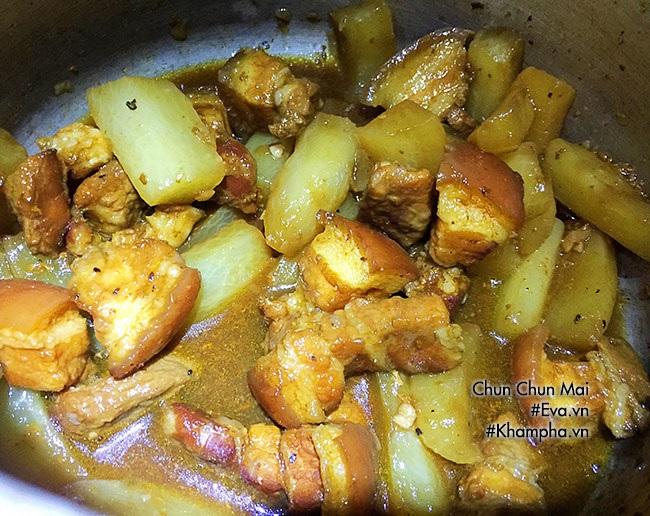 Thịt ba chỉ kho củ cải thơm ngon, mềm tan trong miệng - Ảnh 5