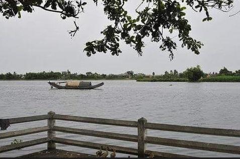 Thừa Thiên – Huế: Phát hiện thi thể bé gái 4 tuổi mất tích nổi trên sông Hương - Ảnh 1