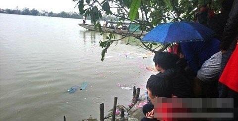 Thừa Thiên – Huế: Phát hiện thi thể bé gái 4 tuổi mất tích nổi trên sông Hương - Ảnh 2