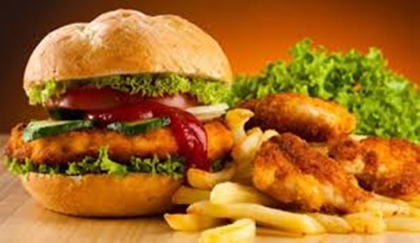 Cảnh báo: Hiểm họa ung thư từ những thức ăn quen thuộc 90% người Việt vẫn vô tư ăn hàng ngày - Ảnh 2