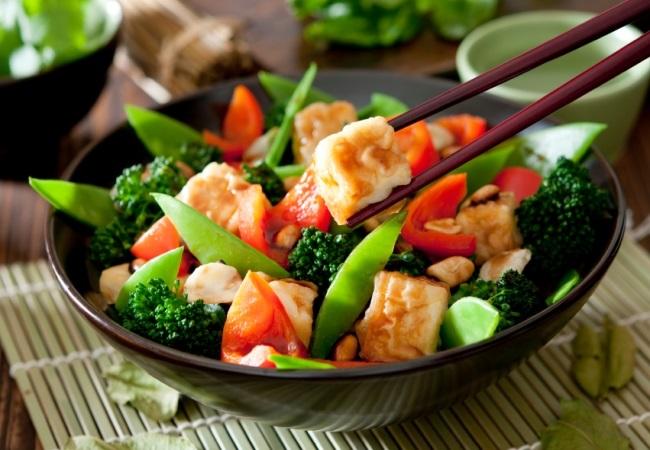 Các nguyên tắc bảo quản đồ ăn thừa chị em nào cũng cần biết để bảo vệ sức khỏe gia đình - Ảnh 1
