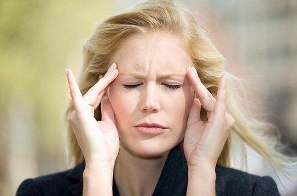 'Đẩy lùi' chứng đau nửa đầu cấp tốc với ly nước chưa đến 1000 đồng - Ảnh 1
