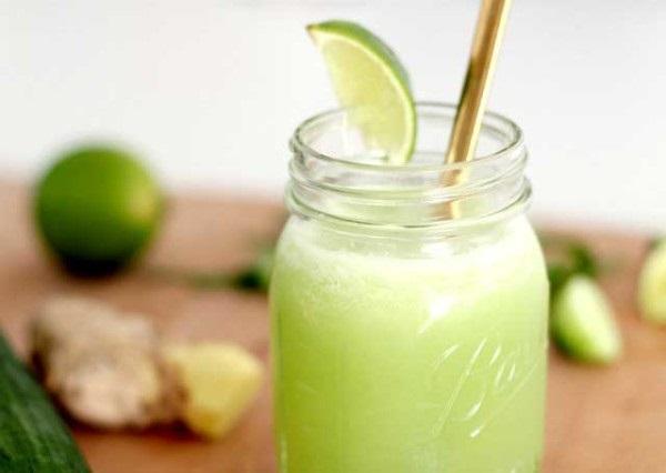 Thành phẩm thức uống giảm cân buổi tối từ nha đam, dưa chuột, chanh, rau mùi