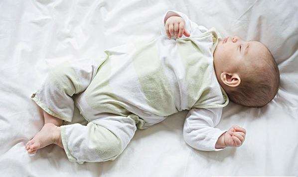 10 bước giúp ngăn chặn hội chứng tử vong đột ngột ở trẻ sơ sinh - Ảnh 1