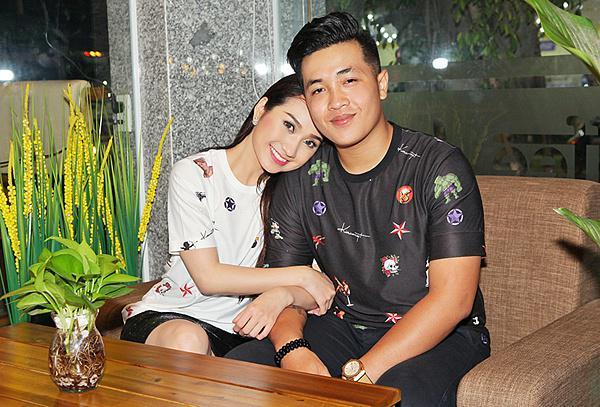 Sao Việt hậu cưới chồng hụt: Người hạnh phúc được tặng xế tiền tỷ, kẻ an phận thủ thường làm kiếp gái ế - Ảnh 7