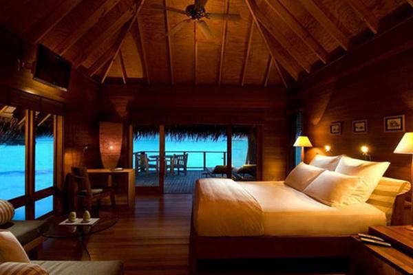 Phòng ngủ nên có ánh sáng dịu nhẹ mỗi khi ân ái