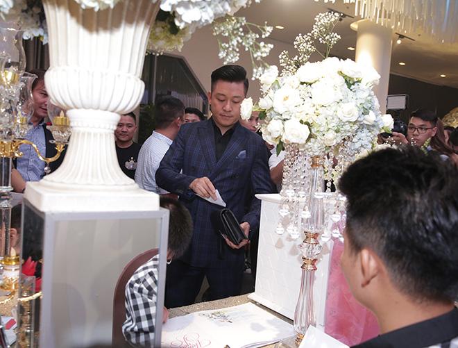 Dàn sao Việt dự lễ thành hôn của Lâm Vũ với vợ Việt Kiều - Ảnh 2