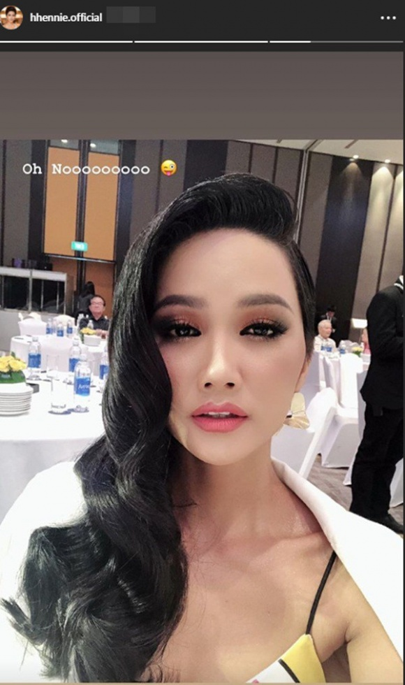Tạm biệt tóc ngắn thương hiệu, H'Hen Niê khiến fan 'giật mình' với kiểu tóc dài nhân tạo - Ảnh 4