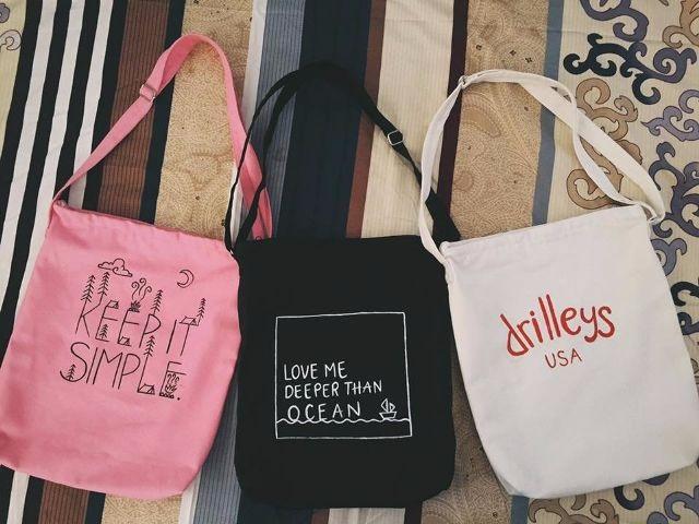 Những mẫu túi không thể thiếu trong mùa hè năm nay - Ảnh 4