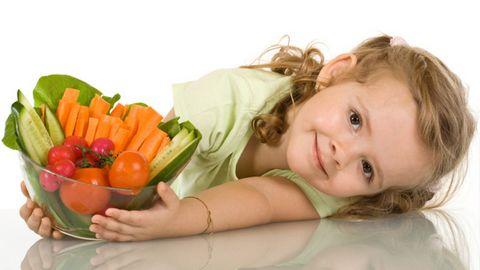 Lên thực đơn đầy đủ cho trẻ lười ăn suy dinh dưỡng - Ảnh 2