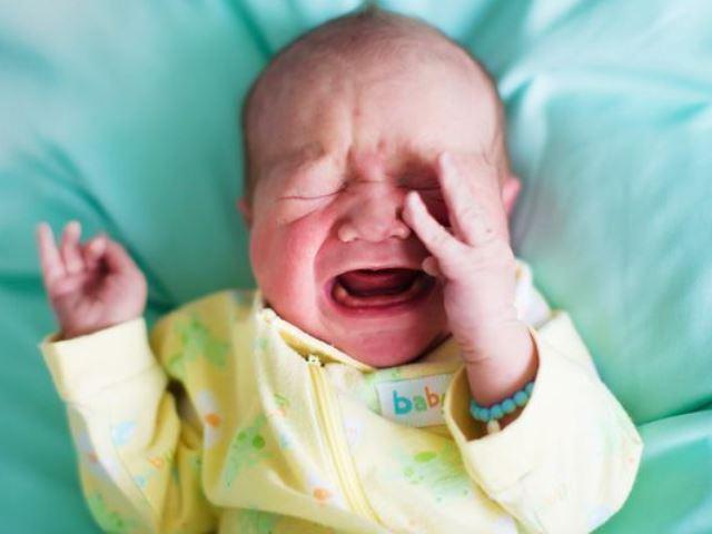 10 điều kỳ quặc ở trẻ sơ sinh nhưng vô cùng bình thường, khá nhiều bé có - Ảnh 3