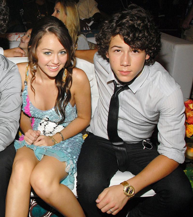 Lịch sử tình ái cặp kè toàn mỹ nhân nổi tiếng thế giới của Nick Jonas - Ảnh 10