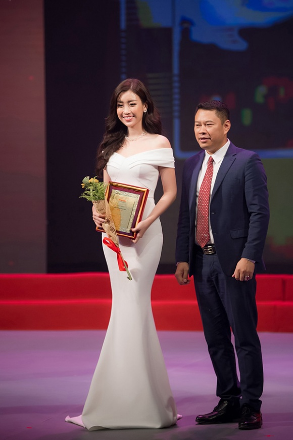 Ban tổ chức Hoa hậu Việt Nam lên tiếng về việc chọn Đỗ Mỹ Linh vào ghế giám khảo chính thức - Ảnh 2