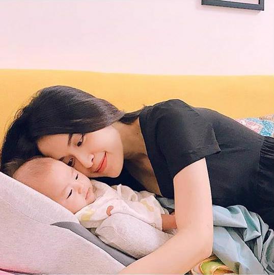 Những nhóc tỳ của sao Việt chào đời nửa đầu năm 2018 khiến cộng đồng mạng phát sốt - Ảnh 4