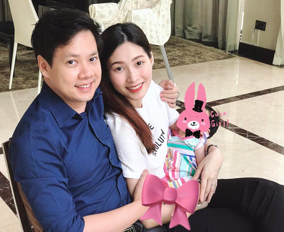 Những nhóc tỳ của sao Việt chào đời nửa đầu năm 2018 khiến cộng đồng mạng phát sốt - Ảnh 3