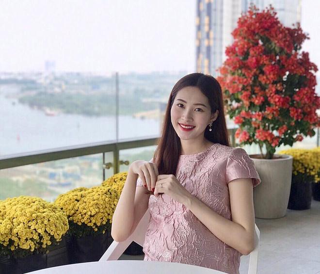 Những nhóc tỳ của sao Việt chào đời nửa đầu năm 2018 khiến cộng đồng mạng phát sốt - Ảnh 2
