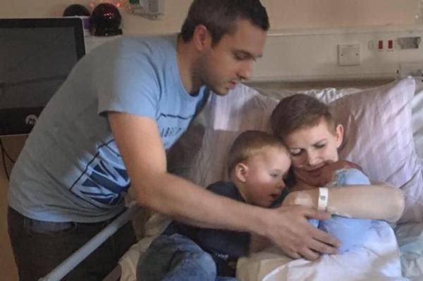 Kỳ diệu bà mẹ đột quỵ, chấn thương sọ não, hôn mê vẫn sinh con khỏe mạnh - Ảnh 2
